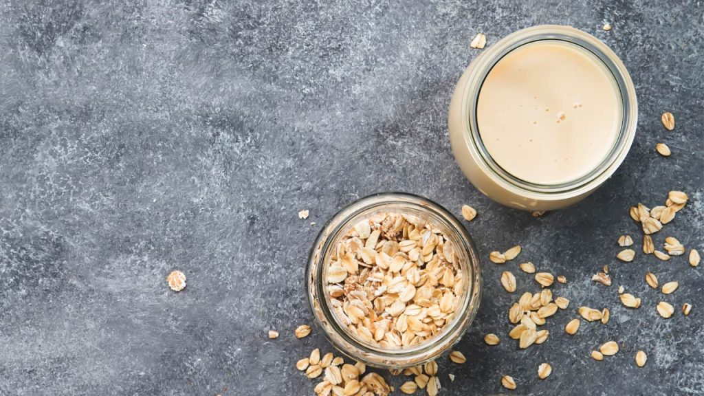 Oats and buttermilk face pack