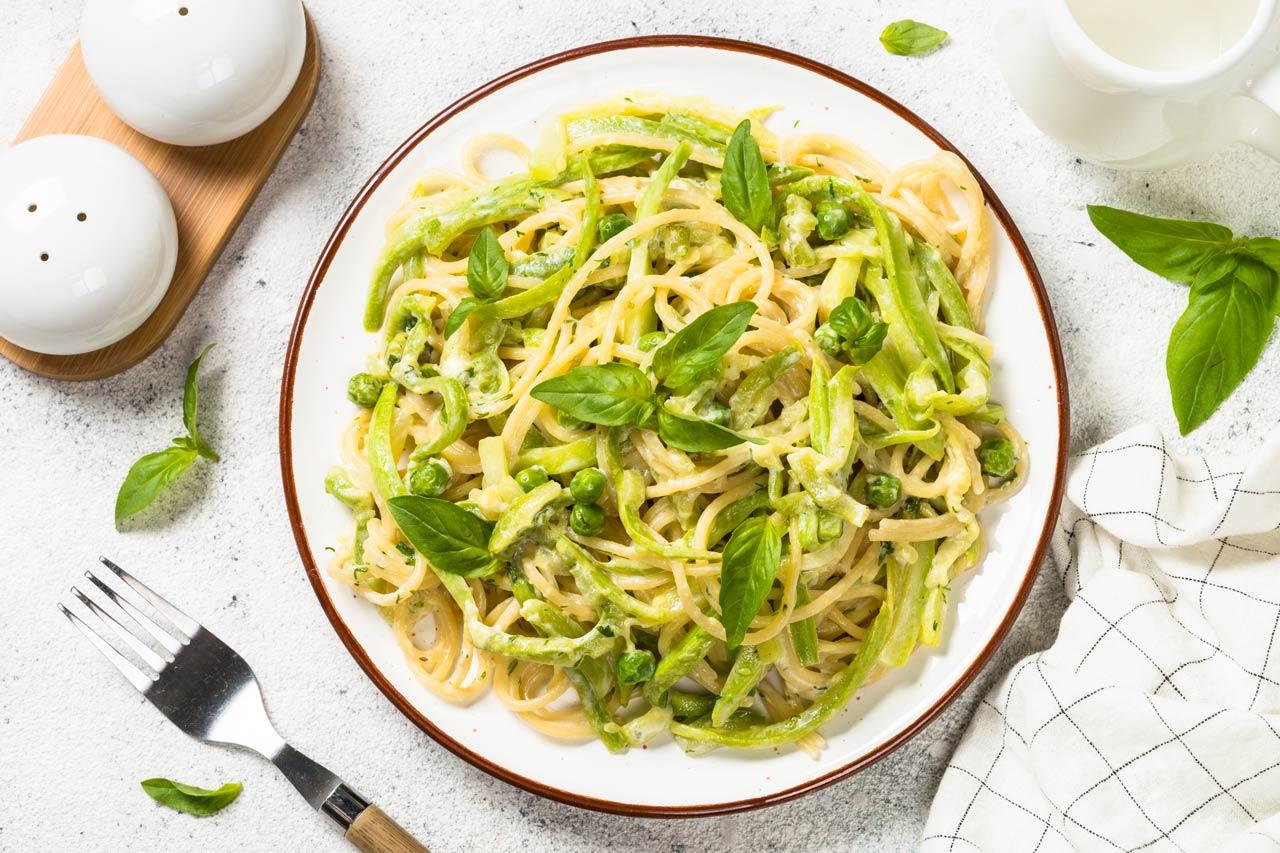 pasta spaghetti with zucchini top view