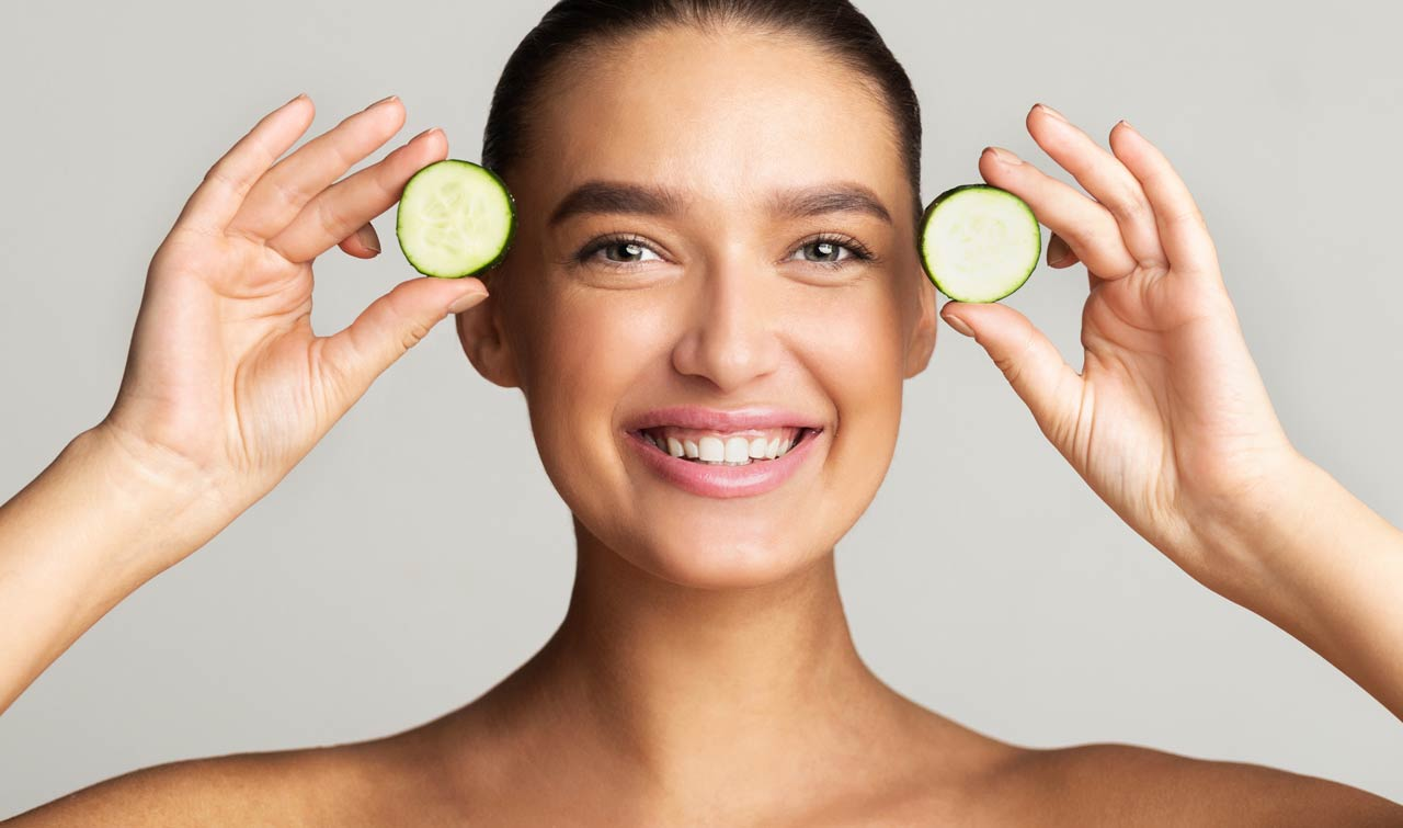 use cucumber to remove tan this summer